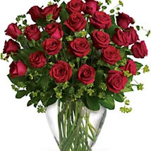 Dazzling Red Roses: Valentines Day Flowers to Australia