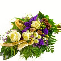 Kind Condolences Bouquet: Send Birthday Gifts to Dusseldorf