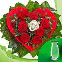 Rose Bouquet Amore with vase GER: All Flowers