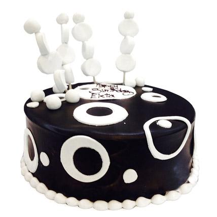 Black and White Cake Half kg