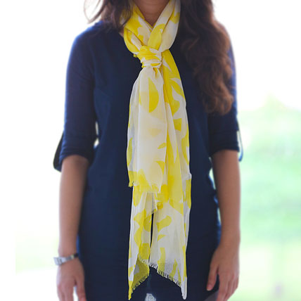 Classic Yellow n White Stole