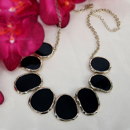 Elegant Black Necklace