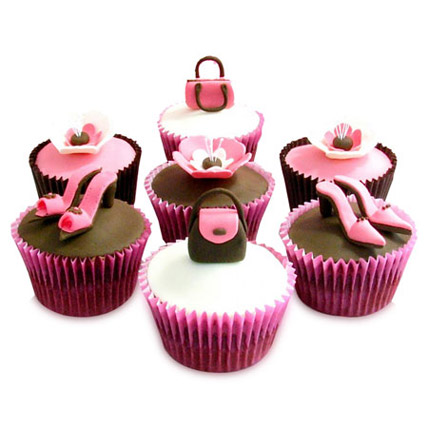 Girlie Special Cupcakes 6 Eggless