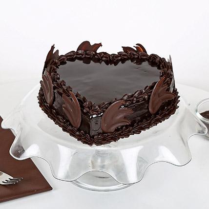 Heart Shape Truffle Cake 2Kg Eggless