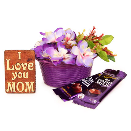 Mother Special Memento Hamper