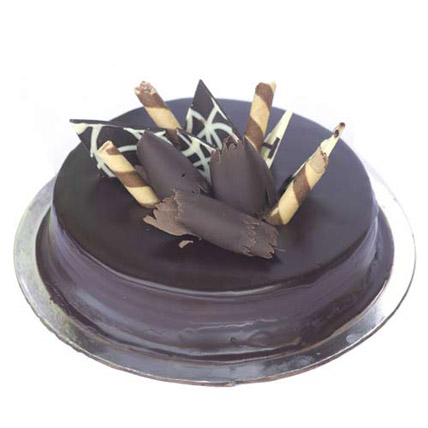 Snickers Cake Half kg Eggless