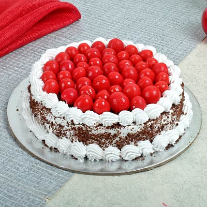 Special Blackforest Cake Half kg Eggless