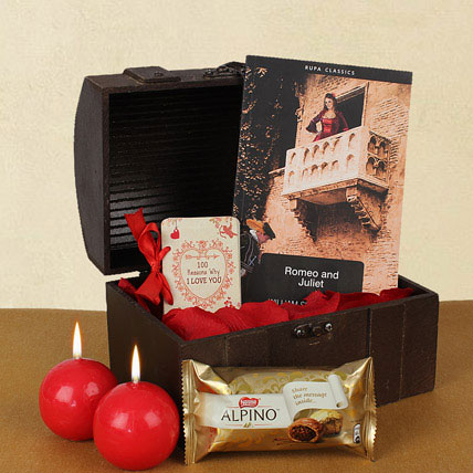 Valentine Gifts In Treasure Box