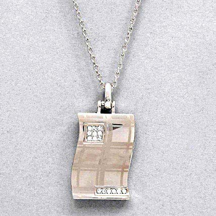 Women Rectangular Pendant with Chain