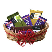 Send Chocolates Online | Chocolate Delivery - Ferns N Petals