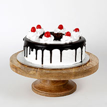 Black Forest Cake:  Cake Delivery in Hoshiarpur