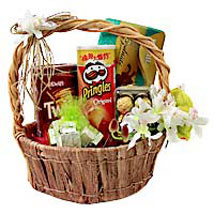 Foodies Paradise In Basket Hamper: Anniversary Gift Baskets