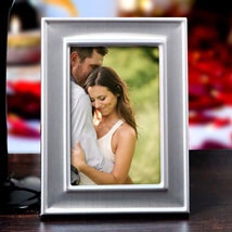 Framing The Personalized Memories: Send Gifts to Retirement