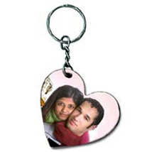 Get Personal With Keychain: Send Personalised Gifts for New Year