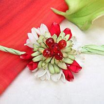 Heavy Fresh And Beautiful: Flower Rakhi