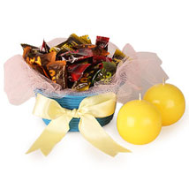 Jelly Candy N Candle In Basket: Diwali Candles
