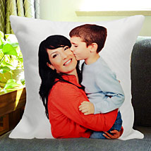 Mothers Love: Send Personalised Cushions to Kolkata