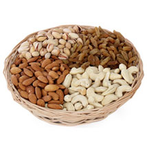 One kg Dry fruits Basket: Gifts for Lohri