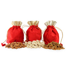 Potli Bags With Goodness Of Health: Gourmet Gifts for Her