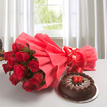 Red Rose with Cake: Anniversary Gifts Kochi