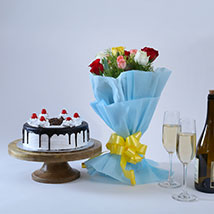 Roses and Black Forest Cake: Send Mothers Day Flowers to Patna
