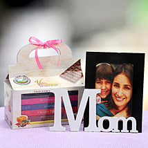 Sweet Moments With Mom: Send Personalised Photo Frames to Gurgaon