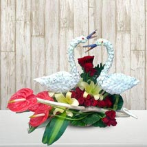 Table Centerpiece: Valentines Day Lilies