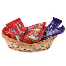 The Chocolate Basket: Send Gift Baskets to Chennai