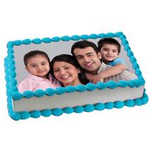 Yummy Vanilla Photo Cake: Photo cakes for birthday