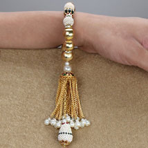 Royal Beautiful Lumba MAL: Send Rakhi to Malaysia
