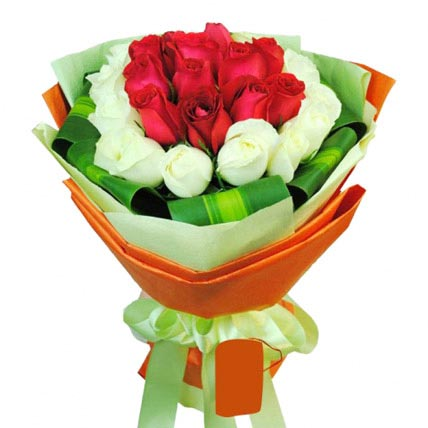 12 White and Red Rose Bouquet