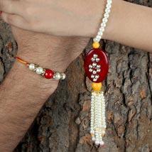 Colorful Hues: Send Bhaiya Bhabhi Rakhi to UAE