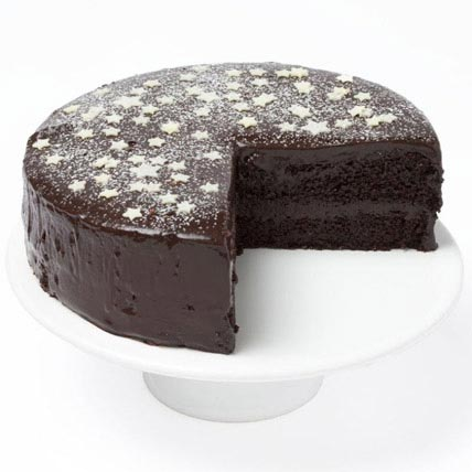 Chocolate Star Fudge Cake