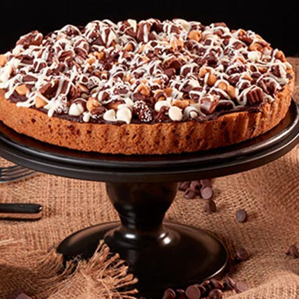 Chocolate Chip Cookie Candy Cake