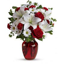 Be My Love Bouquet with Red Roses: Send Birthday Gifts to New York